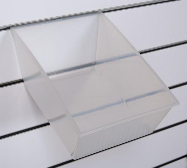 Paneelwand_Kunststoffboxen_23916